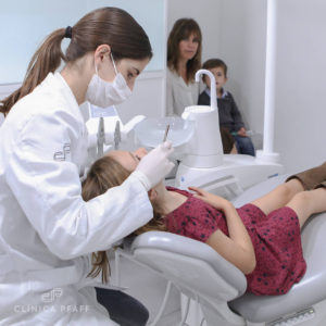 0001-blog-vuelta-al-cole-clinica-dental-Pfaff-barcelona-odontopediatria